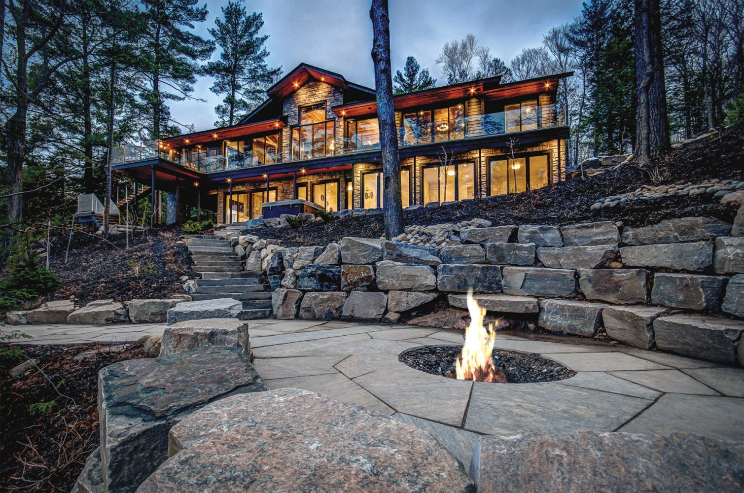 Northern Lake Rosseau contemporary luxury cottage