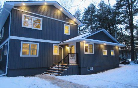 Blue Muskoka custom cottage by PattyMac